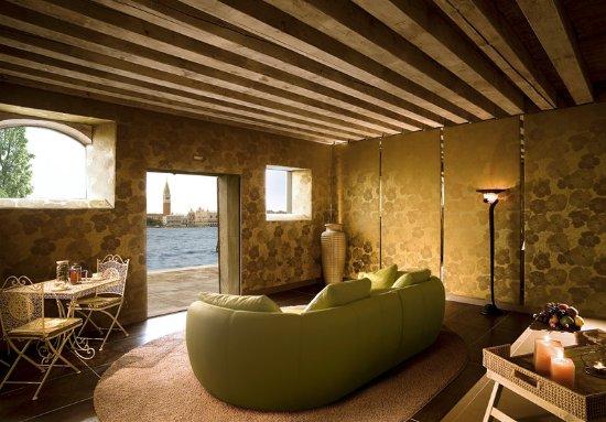 Bauer Hotel: Spa Lounge Area