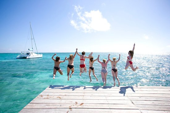 La Perla Del Caribe: Pier and Ocean