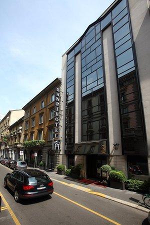 โรงแรมซานปิ มิลาโน: Facade at Hotel Sanpi Milano