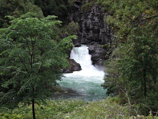 Ardal Municipality, النرويج: Hoeljafossenの滝