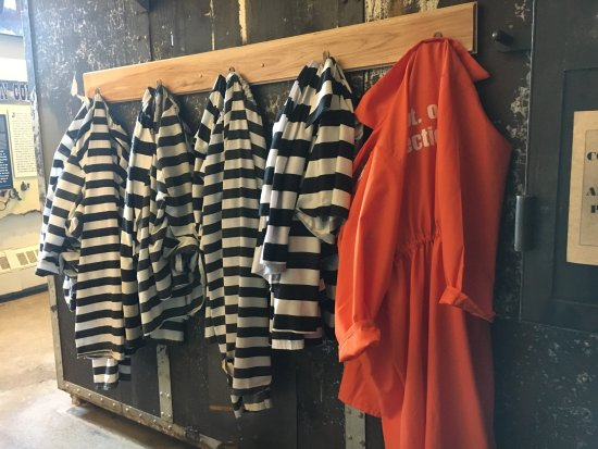 Outlaw and Lawmen Jail Museum: Inside Jail