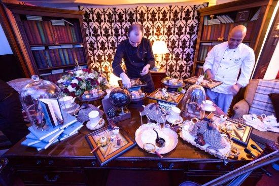 Taj 51 Buckingham Gate Suites and Residences: Sherlock Holmes Afternoon Tea