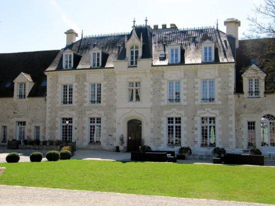 Fere-en-Tardenois, Francia: Hotel façade