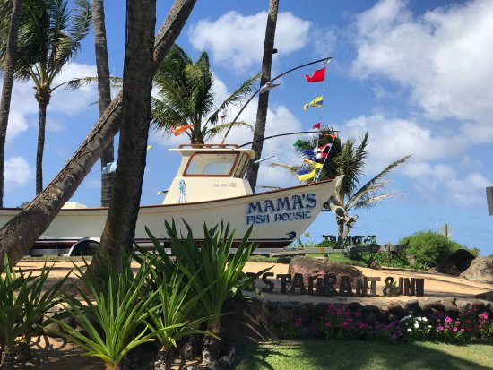 entry from the road - Picture of Mama's Fish House, Paia ...