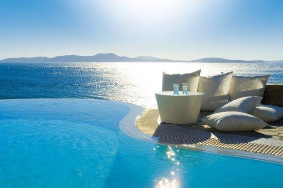 Mykonos Grand Hotel & Resort : The ultimate tranquillity over Delos island views