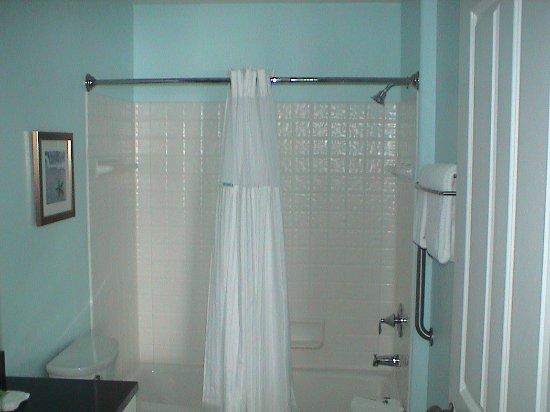 Depoe Bay, OR: The master bathroom