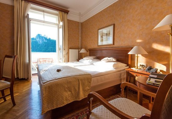 Grand Hotel Toplice: Double Lake View Room