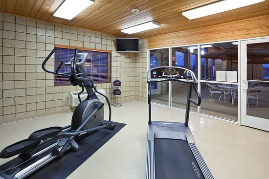 Fort Pierre, South Dakota: Americ Inn Pierre South Dakota Fitness