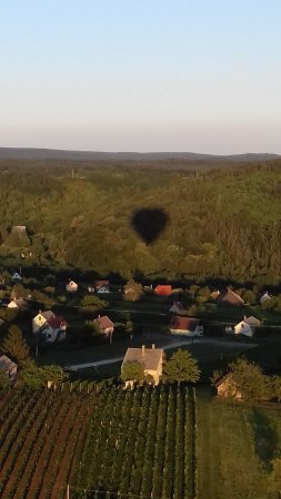 Balaton Ballooning: Az árnyékunk