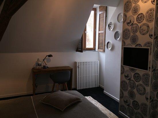 Saint-Amand-Montrond, فرنسا: Kamer Delft