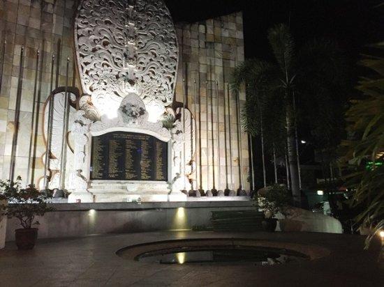Ground Zero Monument : Monumen