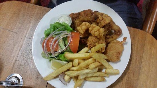 Yungaburra, Austrália: Seafood basket