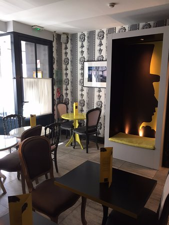 les plumes hotel 185 2 8 3 updated 2018 prices reviews paris france tripadvisor. Black Bedroom Furniture Sets. Home Design Ideas