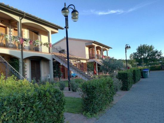 Villaggio Le Querce: Esterno del villaggio