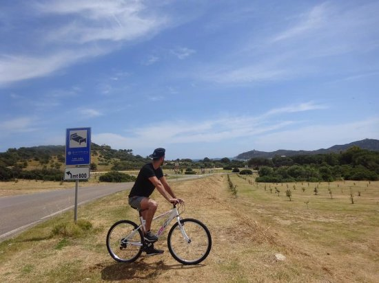 Hotel Fiore di Maggio: The ride between the hotel to other beach areas and the town! Lovely views