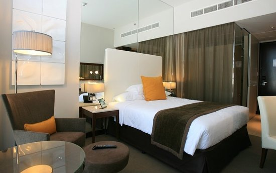 Centro Yas Island Abu Dhabi by Rotana: Classic Room-Queen Bed