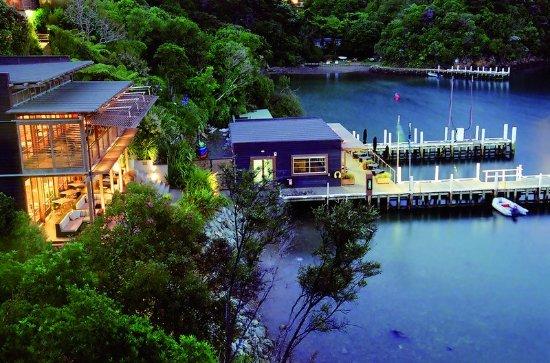Arthurs Bay, Neuseeland: Evening at Bay of Many Coves