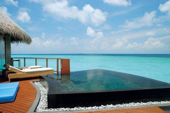 Halaveli Island: Halaveli Maldives Water Villa