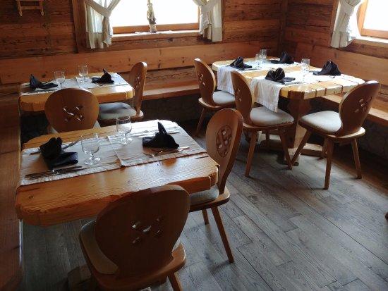 Rifugio Lo Scoiattolo: Sala da pranzo