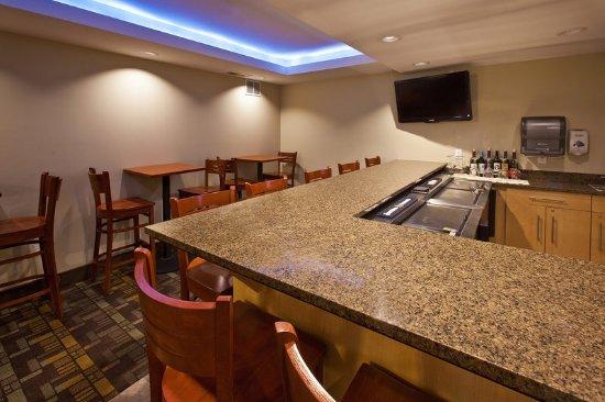 Fairfield Americ Inn Bar