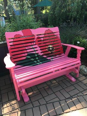 Fantastic Pink Bench Picture Of Elizabeth Park West Hartford Machost Co Dining Chair Design Ideas Machostcouk
