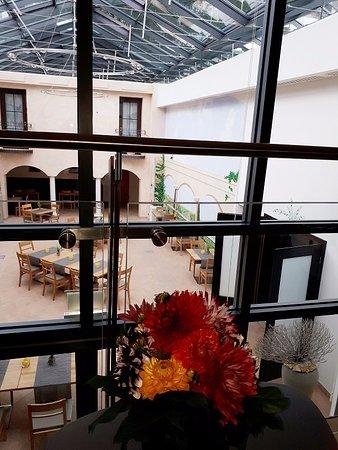 Eurostar Hotel: Atrium