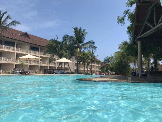 Amani Tiwi Beach Resort Photo