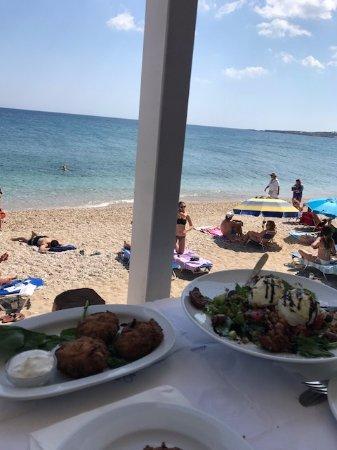 Drios, Greece: Location bellissima e rilassante