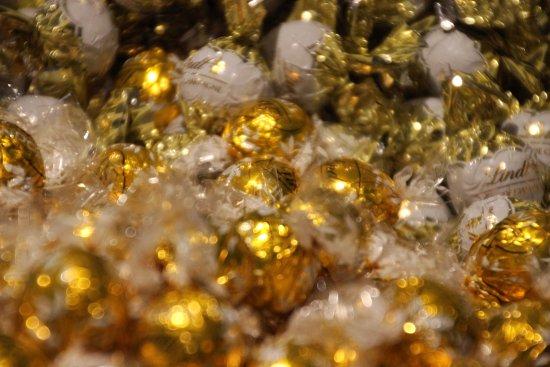 Kilchberg, Suiza: Golden Balls