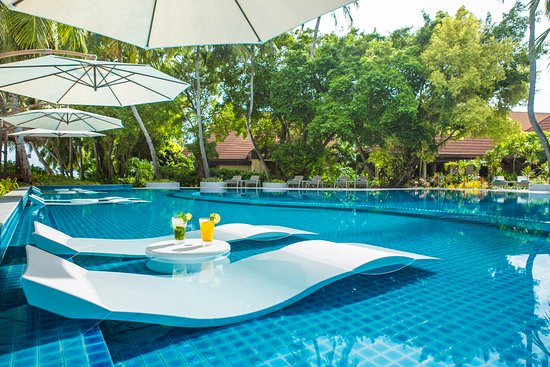 Kurumba Maldives: Swimming Pool