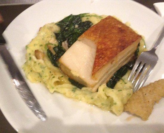 Hornsby, Australia: pork belly, potato mash,mushrooms, sauce