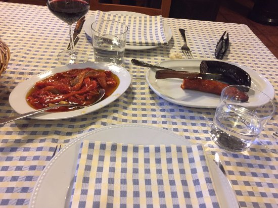 Tirgo, Espanha: Pimientos-Chorizo-Morcilla