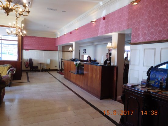 Lahinch Golf & Leisure Hotel: Recption