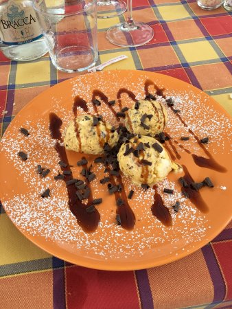 Sulzano, Italien: Piccola rassegna dei piatti, con panorama