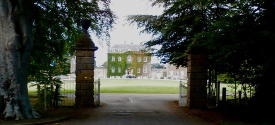 entry to Culloden House