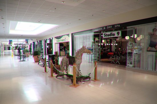 Brockville, Canada: A nice lovely mall