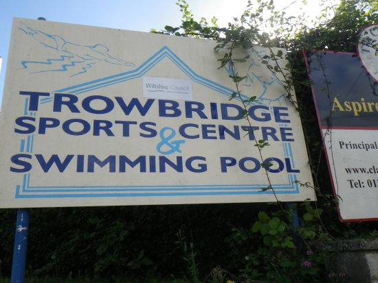 ‪Trowbridge Sports Centre‬