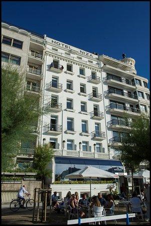 Hotel Niza Bild