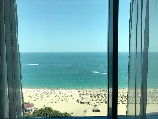 INTERNATIONAL Hotel Casino & Tower Suites: photo2.jpg