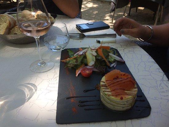 Le Bernon - Hotel in Connaux - france-voyage.com