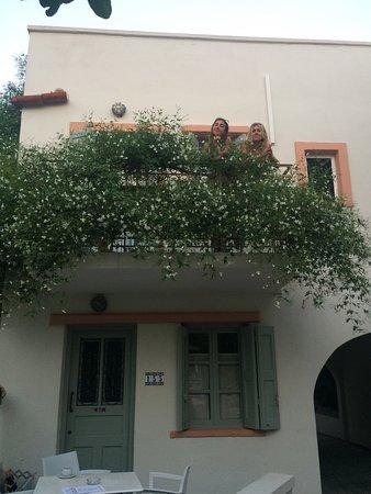 Nissia Kamares Hotel Apartments: photo2.jpg