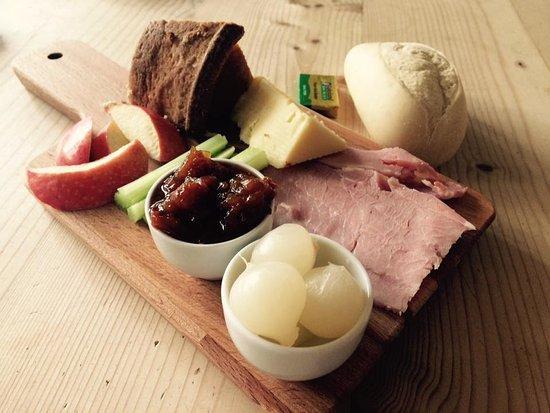 Wetton, UK: Ploughman's starter, Hartington cheddar, homemade real ale chutney, home cooked ham, pork pie.