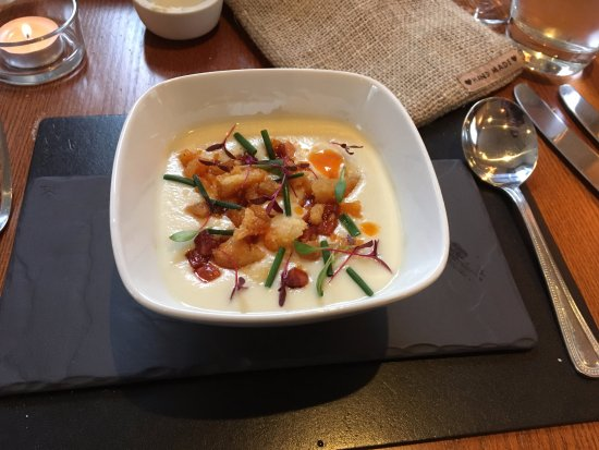 Samuel Fox Country Inn Restaurant: jerusalem artichoke soup with chorizo and sheperd's
