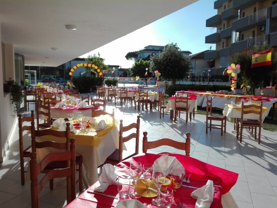 Family hotel marina beach lido adriano talya otel - Bagno marina beach lido adriano ...