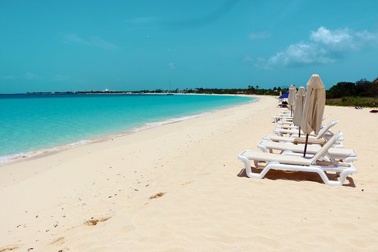 West End Village, Anguilla: Beach chairs and umbrellas are free with lunch.