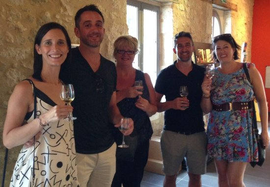 Tremolat, Francja: Claire with family and friends at Monbazillac maison du vin