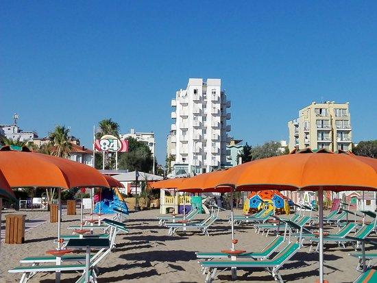 Bagno 84 Graziano - Spiaggia per cani Rimini