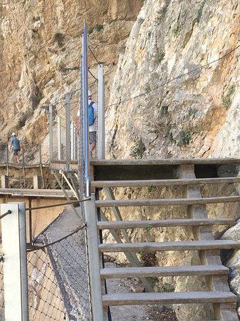 El Chorro, Spanien: Parcours très sécurisé