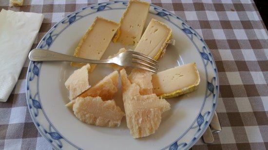 Bar Ristorante La Pagoda: I formaggi