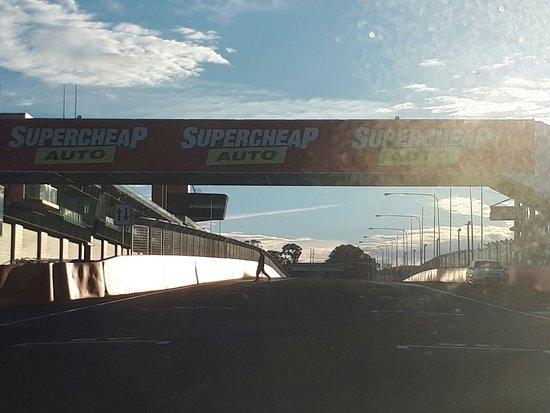 Mount Panorama Motor Racing Circuit: IMG-20170623-WA0003_large.jpg